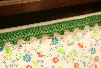 かぎ針編みで縁取り