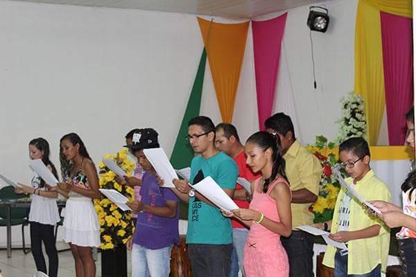 Coari realiza 1º Sarau Literário com lançamento de livro