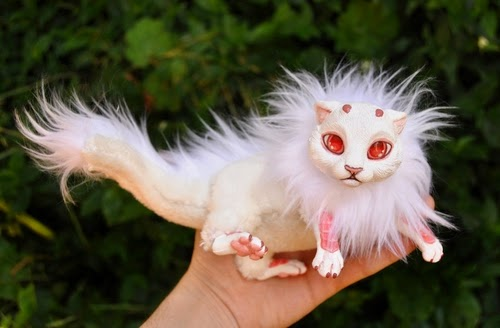 12-Albino-Dragon-Spirit-Lisa-Toms-Maker-of-Mythical-Creatures-and-Pet-Dolls-www-designstack-co