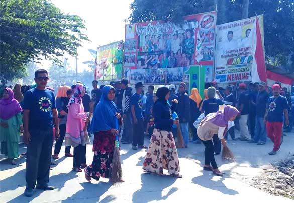 Kampanye Calkades Sukamekar Ini Berbeda, Jayadih Memilih Bakti Sosial dan Kerja Bakti