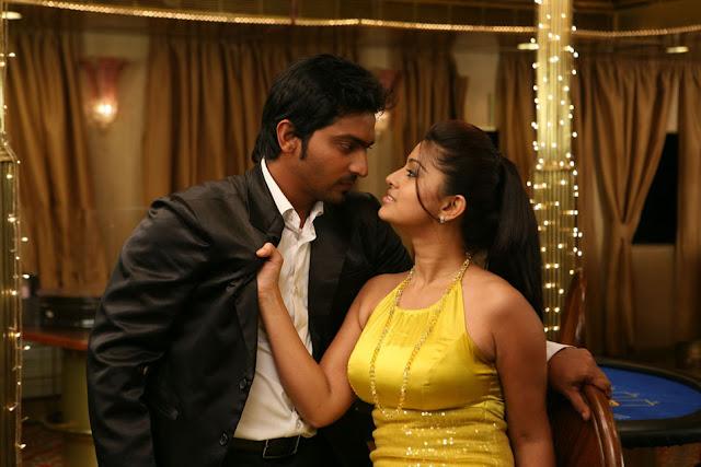 Telugu hot actress Sneha hot in blouse saree images