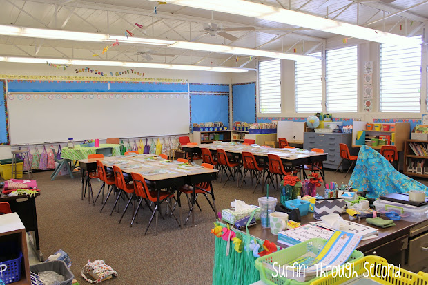 Classroom Reveal And Linky - Surfin'