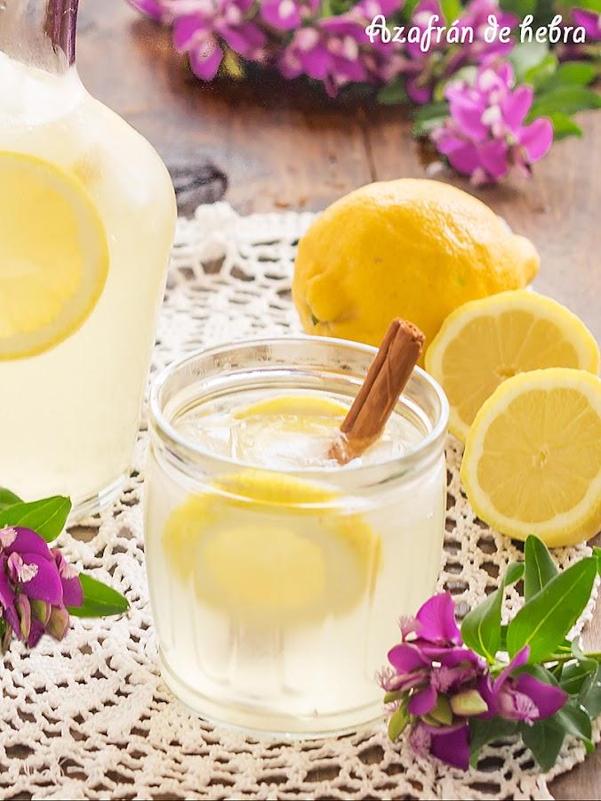 Limoná o Limonada con vino blanco