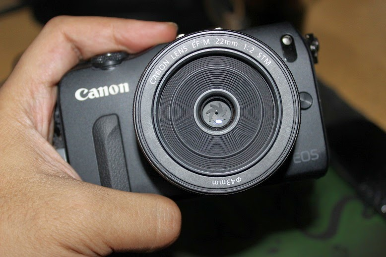 review canon eos m