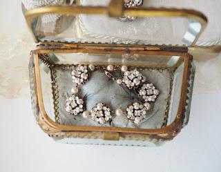 handmade romantic wedding jewelry
