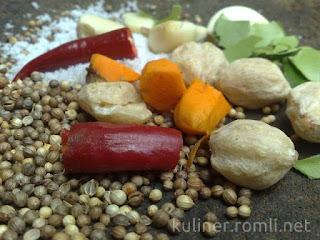 Cara mudah agar rempeyek kacang menjadi renyah