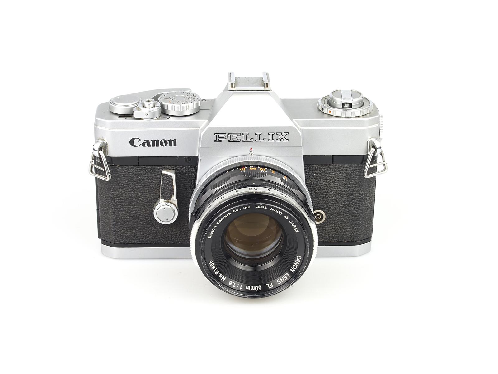 Canon Pellix (Japan, 1965)