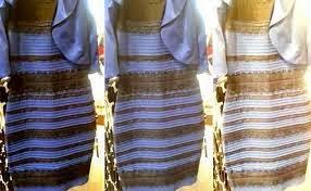 zwarte blauwe jurk of wit goud