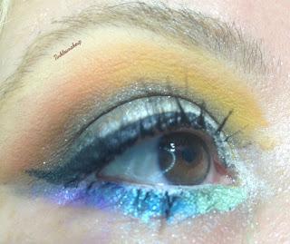 Eye makeup look caramel moon