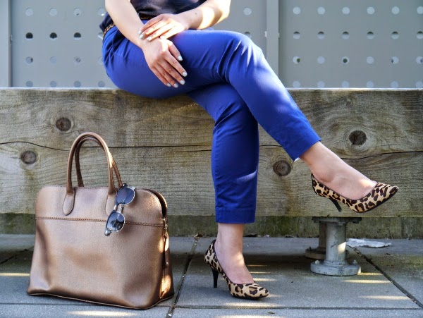 Royal blue trousers, leopard heels, gold metallic leather handbag