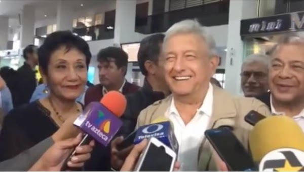 """AMLO trollea a Peña Nieto, Falta poco para el cambio, """"ocho meses... no, menos, 9 meses"""" (VIDEO)"""