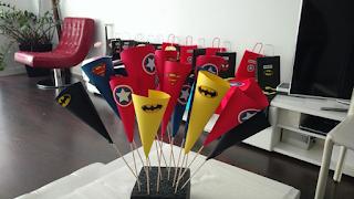 conos palomitas superhéroes