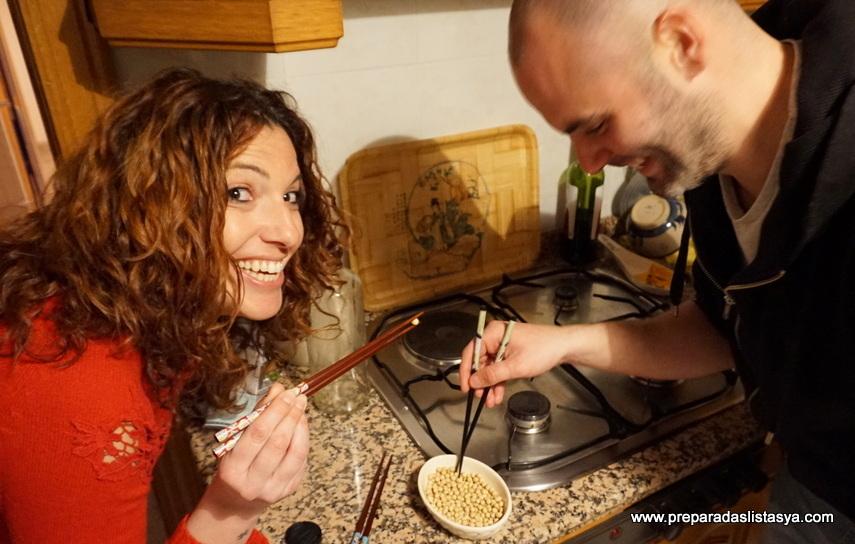 Aprender usar palillos chinos