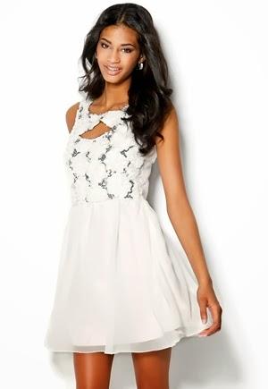 Vita klänningar till studenten 10b41210e8c98