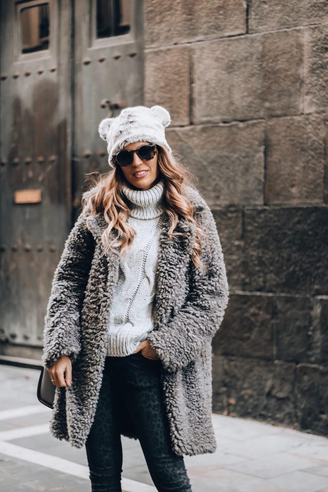 como llevar abrigo peluche