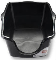 Natures Miracle Cat Litter Box with high sides and low front