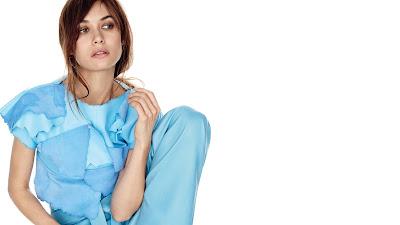 French Hot Model Actress olga kurylenko wallpapers images