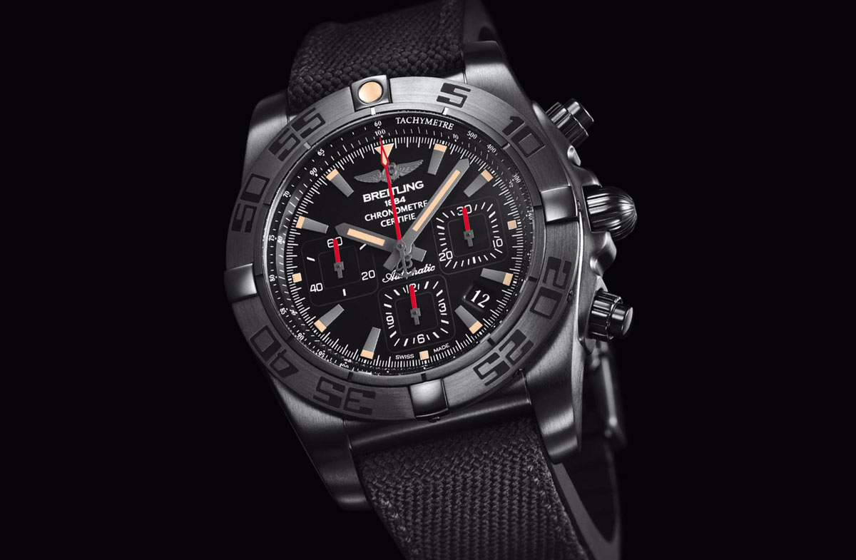 breitling chronomat 44 blacksteel time and watches. Black Bedroom Furniture Sets. Home Design Ideas