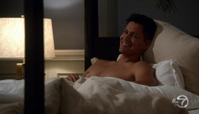 Amateur bi sex porn