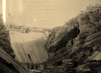 Pantano pena beceite valderrobres antigua construcción presa