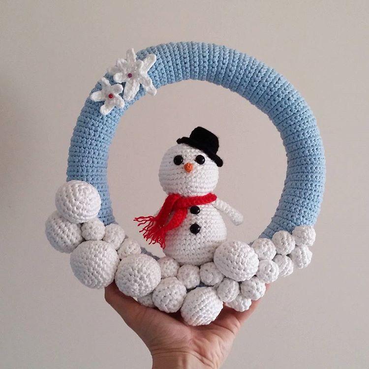 Amigurumi Snowman Ornament : Leithygurumi: Leithygurumi - Amigurumi Snowman Doorhanger ...