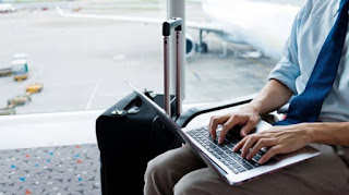 tips travel dengan membawa laptop