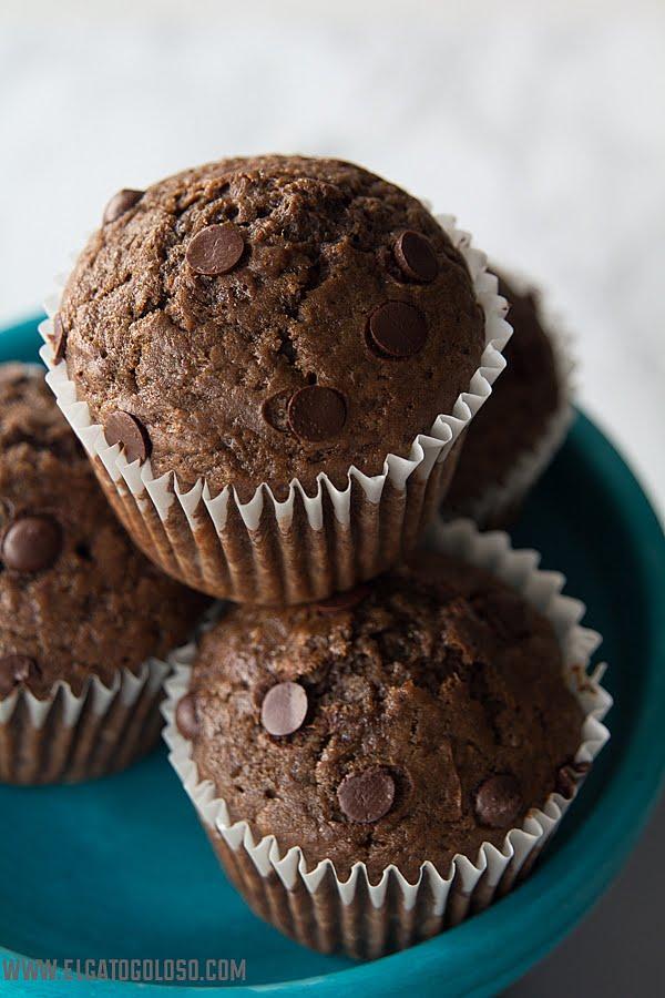 El gato goloso - Muffins de banana, cacao y chispas de chocolate
