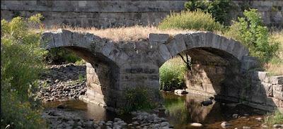Puente sobre el río Camesa