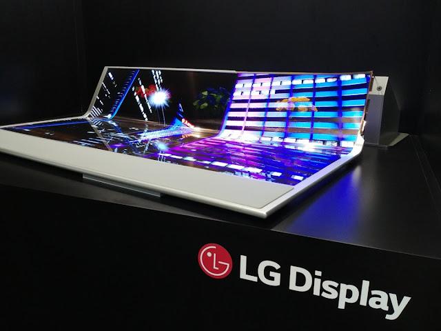 LG Displays 77 flexible and transparent OLED