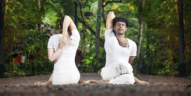 Cow Face Pose (Gomukhasana) Steps and Benefits