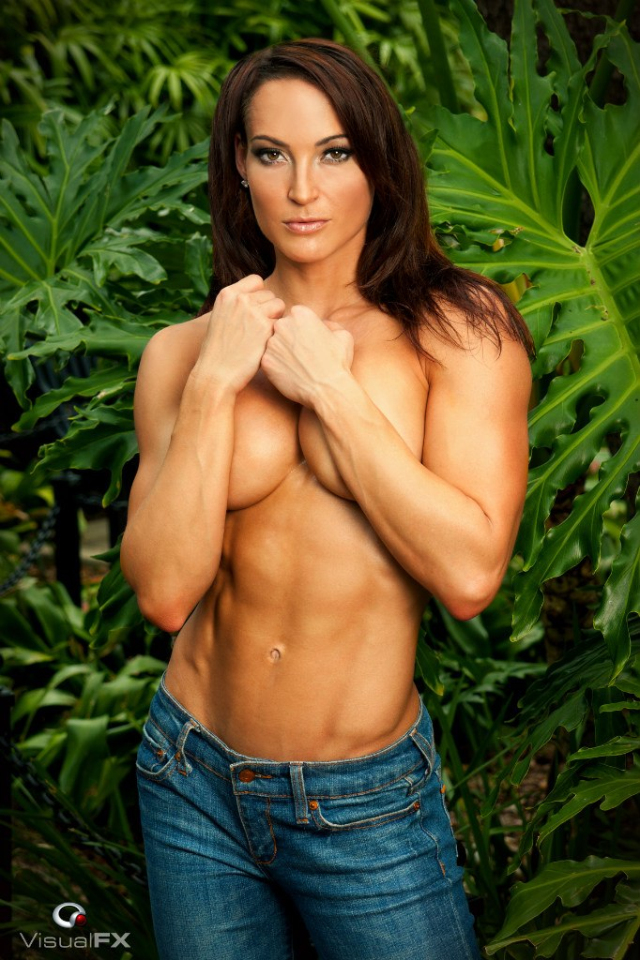 Fitness Model Erin Stern photos 04