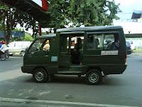 Angkot di Kota Surabaya