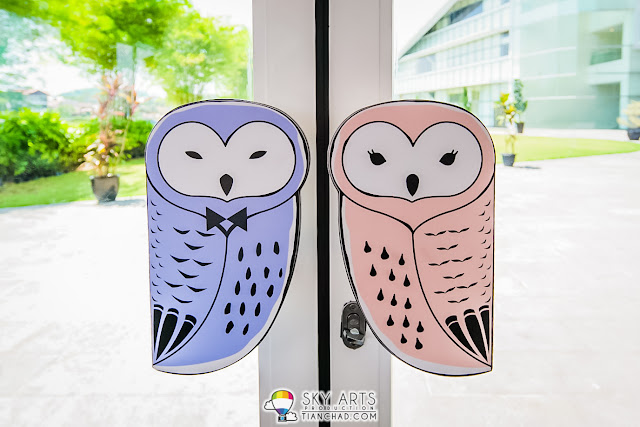 Owls Shape door handle welcoming you to New Chapter by The Owls Cafe