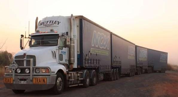 truk gandeng terbesar road train