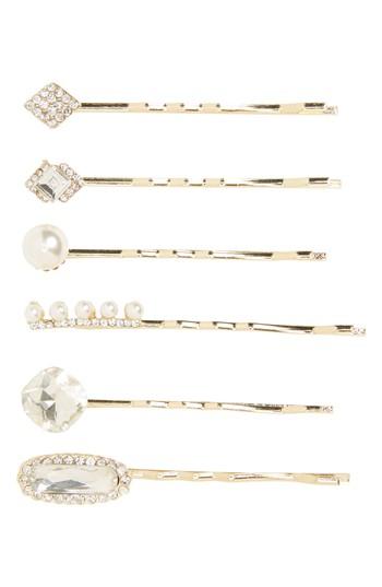 Wendy Vario, hairstylist, hair, interview, First Look Fridays interview series, bobby pins