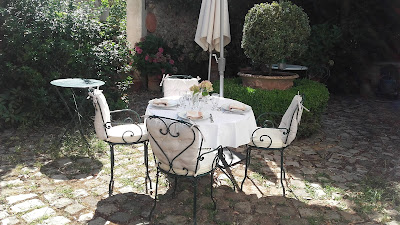 Même Pour Un Déjeuner Ordinaire J En Profite Toujours Dresser Une Très Belle Table Avec