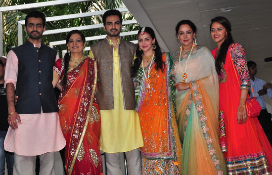 Biographies, songs, gallery and more   : Esha Deol weds