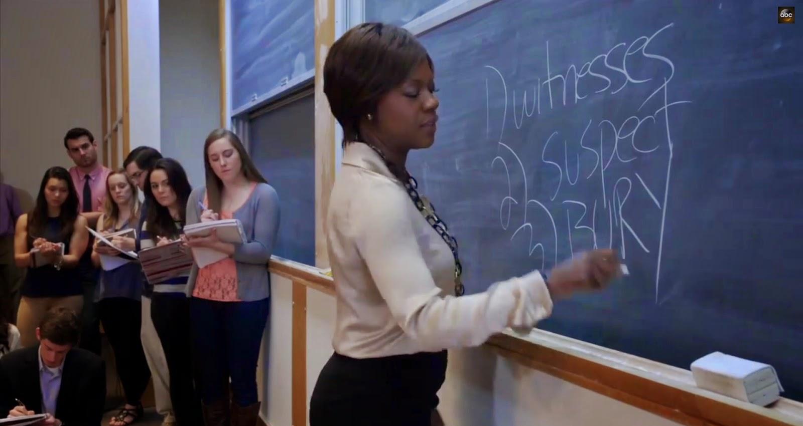 Annalise explica los pasos de la defensa