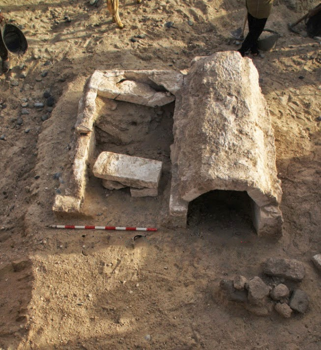 Two 26th Dynasty tombs unearthed near Minya