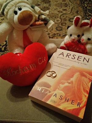 [Przedpremierowo]: Arsen - Mia Asher