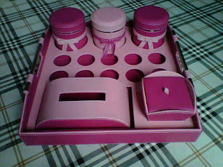 tray set toples warna pink