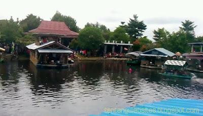 Objek wisata Danau Aur Sumber harta