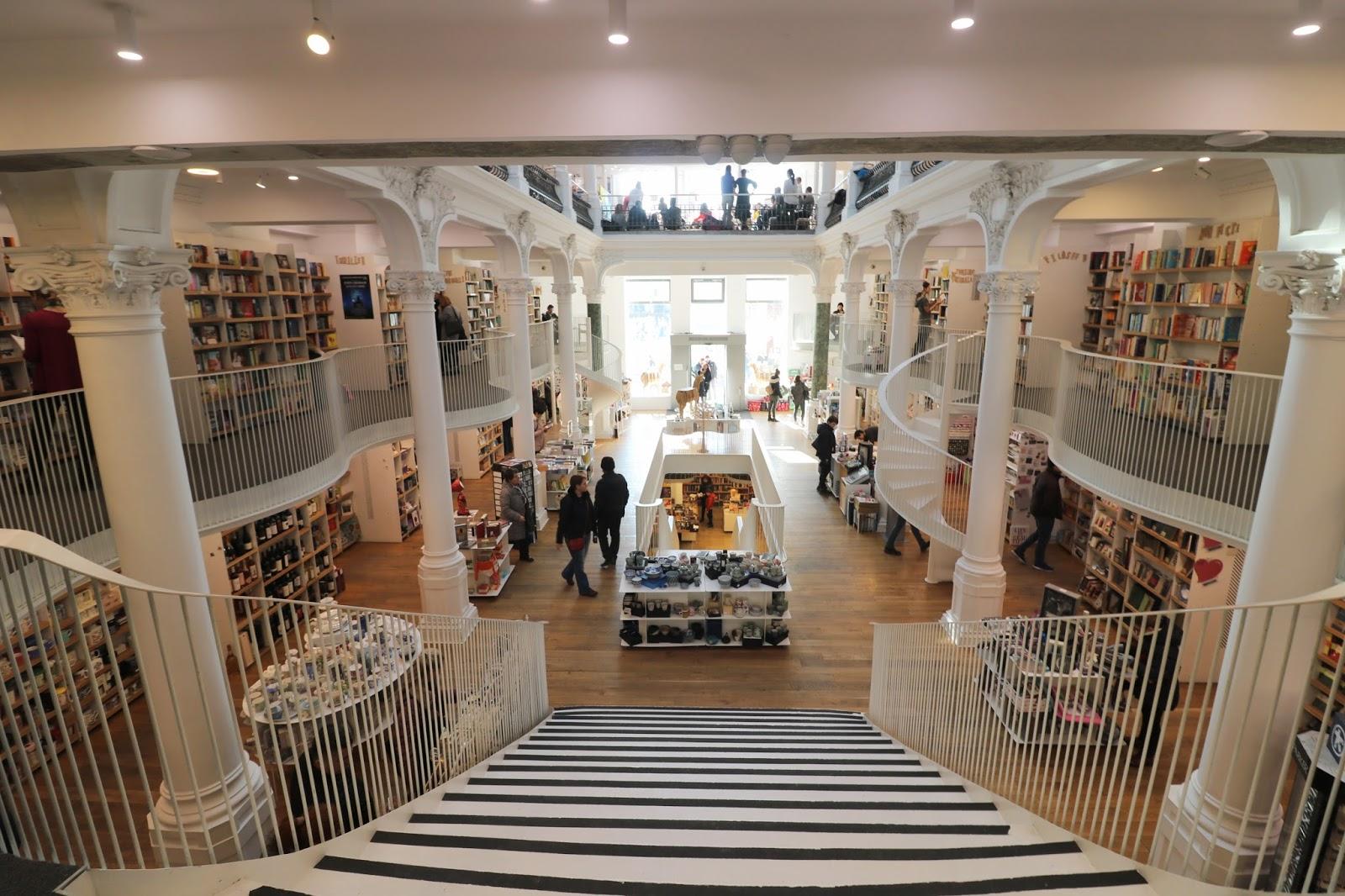 najpiękniejsze księgarnie