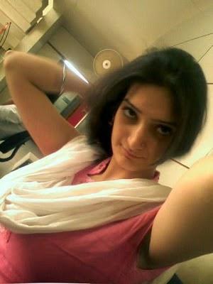 Sanam Kapoor Desi Karachi Girl Contact Number For Chat