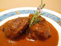 Galtas de cerdo ibéricas con salsa de verduras al vino tinto