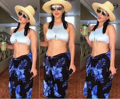 Maxico Vacation, Sunny Leone, Unique Dress Sunny Leone, Vacation Trip Of Leone