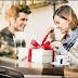 7 Kejutan yang bisa membuat pasanganmu berlinang air mata