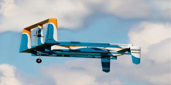 Amazon: Ευρεσιτεχνία για ιπτάμενες αποθήκες, με στόλους από drones για παραδόσεις