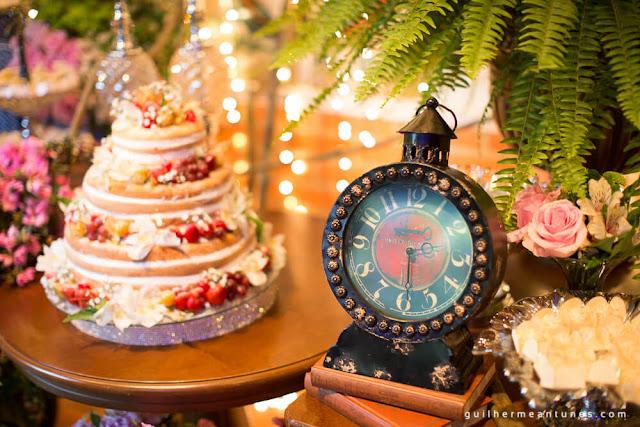 casamento real, decoração da recepção, rústico chic, rústico chic, mesa do bolo, casamento eloiza e renato