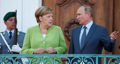 """Путин и Меркель обсуждали на переговорах """"Северный поток-2"""" и ситуацию в Украине"""